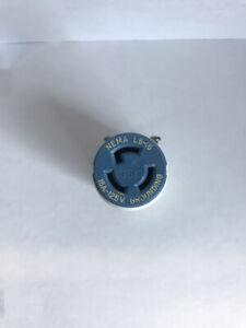 LEVITON 4729C (OLD#70515-C) 3W LOCKING NYLON CONN 15A 125V NEMA L5-15R