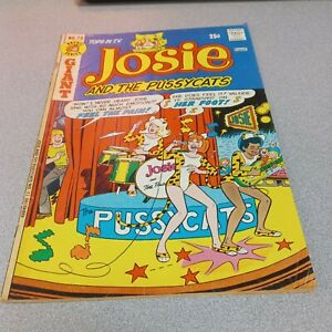 Josie and the Pussycats #73 Archie Series Comic Book 1973 Bronze Age Band Cover