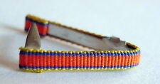 Barrette de rappel fixe ruban de boutonnière pour ordre ou médaille à définir.