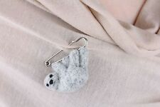 "Woolen Brooch ""sloth"""