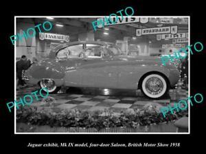 OLD POSTCARD SIZE PHOTO OF 1958 JAGUAR Mk IX MODEL BRITISH MOTOR SHOW DISPLAY