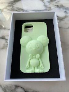 Takashi Murakami Luminescent DOB Body iPhone 11 pro Case