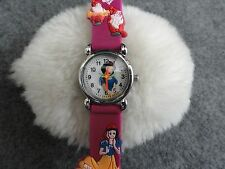 """Girls or Ladies """"Snow White"""" Quartz Watch with a Pretty Band"""