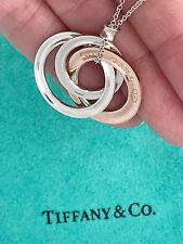 Tiffany & Co 1837 rubedo PLATA DE LEY círculos entrelazados Collar con colgante