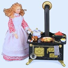 Reutter Porcelain Dollhouse Miniature Decorated Kitchen Stove