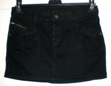 Jolie mini-jupe noir LORD RICHARDS boutons tête de mort T 27 TBE