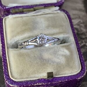 Vintage Solid Platinum Flawless Diamond Solitaire Engagement Ring UK J 1/3