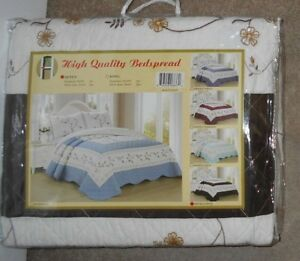 For Home Amanda Coffee 3 Piece Queen Embroidered Floral Bedspread Set WT