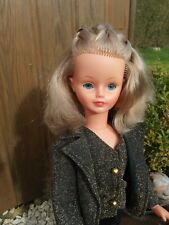 poupée Cathie de Bella