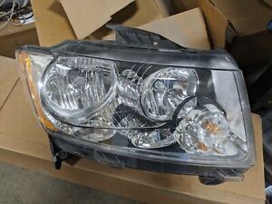 2011-2013 Jeep Compass Passenger Right Headlight 68088868AD OE PERFECT CONDITION