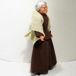 Dressed Victorian Granny Doll 1159 Beige Shawl Caco Flexible Dollhouse Miniature
