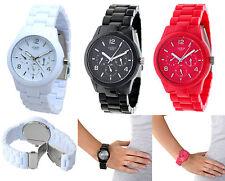Runde GUESS Armbanduhren aus Kunststoff