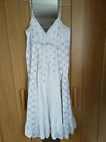 RED HERRING WOMENS WHITE GREY BEADS SEQUINS FLORAL STRAPPY DRESS SIZE 10 MIDI