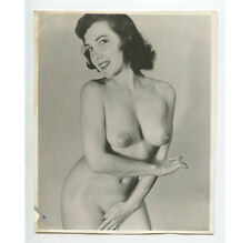 VINTAGE PIN UP PHOTO BUSTY NUDE WOMAN SMILING/POSING ADULT ONLY ITEM