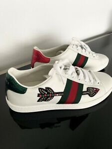 Gucci Ace Embroidered Sneaker Women's Size 35 1/2 Authentic, Mint Condition.