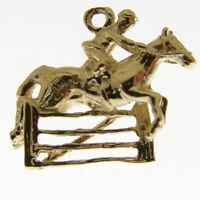 GOLD HORSE SHOW JUMPING CHARM.  HALLMARKED 9 CARAT GOLD HORSE JUMPING GATE CHARM
