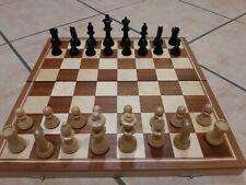 Schönes altes Schachspiel