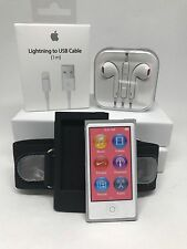 Apple iPod nano 7th Generation Silver (16GB) Bundle