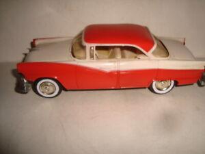 AMT 1956 Ford Fairlane 4 Dr. Ht. Dealer Promo Model Car