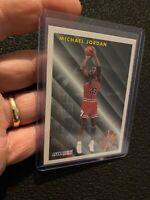 Michael Jordan 1993 Fleer GOAT #224 Dunk Chicago Bulls Basketball NBA ICON NR