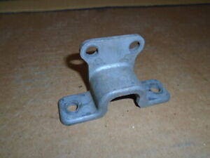 Triumph TR4 TR5 TR6 ** COLUMN CLAMP LOWER ** Steering to Dashboard 611529