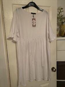 White Boohoo Dress Bnwt 22