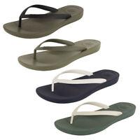 Fitflop Mens iQushion Ergonomic Flip Flop Shoes