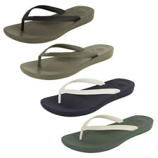Fitflop Mens iQushion Ergonomic Flip Flop Shoes