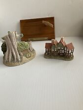 Set Of 2 David Winter Cottages Apothecary Shop & Robin Hoods Hideaway