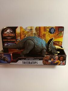 Jurassic World Triceratops Dinosaur Action Figure Sound Strike Primal Attack