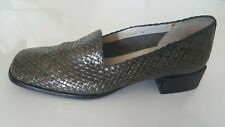 chaussure / mocassin femme pointure 38 cuir tressé