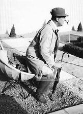 JACQUES TATI Mon ONCLE Parapluie Chapeau VILLA ARPEL Jardin Chien Photo 1958 #3