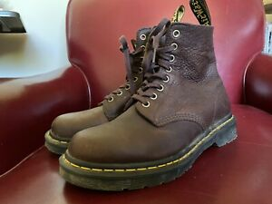 Dr. Martens Pascal 1460 Ambassador Leather Lace Up Unisex Boot W8/M7 Color: Cask