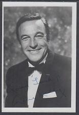 """Gene Kelly autographed 4¾"""" x 7"""" B&W Photo"""