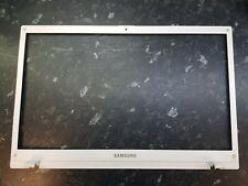 Samsung NP-// NP305V5A LCD Screen Surround Bezel BA75-03209B // B120