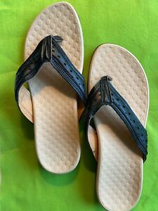 Women's*VIONIC like Sandals*Black*Size 9*New