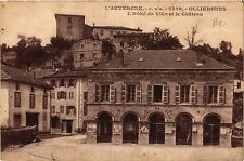 CPA Auvergne OLLIERGUES L'Hote lde Ville et le Chateau (408528)