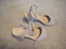 Ladies Faux Suede Stone Block Heeled Shoes Size 8 from New Look