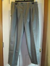 NWT Mens CROFT & BARROW PREMIUM NO IRON DRESS PANTS size W 32 L 30, Grey Gray