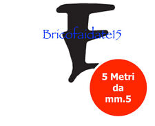 Guarnizione Fermavetro per spessori di 5 mm tra vetro e fermavetro Mt. 5 NERA