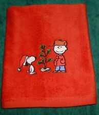 Embroidered SNOOPY & CHARLIE Christmas Tree Kitchen Bathroom RED FINGERTIP TOWEL