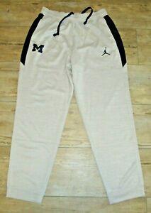Jordan Michigan Wolverines Dri-FIT Spotlight Warm-up Basketball Pants Men Large