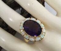 Vintage Jewellery Gold Ring with Amethyst and Opals Antique Deco Jewellery