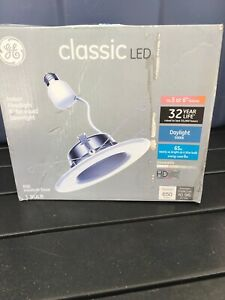GE 65W Equivalent Daylight 5000K High Definition S6 Medium Base 6 in. LED Bulb