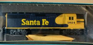 HO Athearn BB Kit Santa Fe GP50 Diesel Loco #3814 NIB 4681 Dummy ME-91