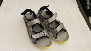 Crocs Mens Sz 11 Golf Sandal 14662 XTG LoPro Gray Suede Neon Yellow Minimal Wear