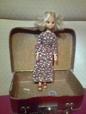 1973 barbie Sunshine Stone Doll with dress and maleta from the 1960´s