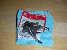 NOS HONDA CR 250 R 78 79 80 CENTER SHIFT FORK 24211-430-000 RED ROCKET RZ RA