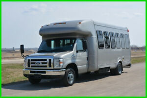 2012 Ford E-450 22 Passenger Paratransit Shuttle Bus! Low Reserve Auction!