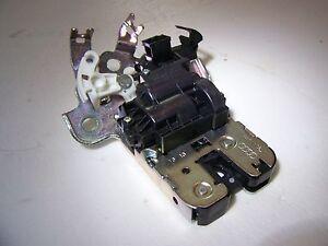 2011-2016 Audi A8 S8 Bentley Sedan Lift Trunk Deck lid Latch Lock Actuator